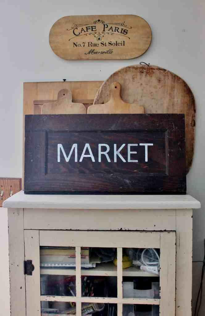 vintage market sign