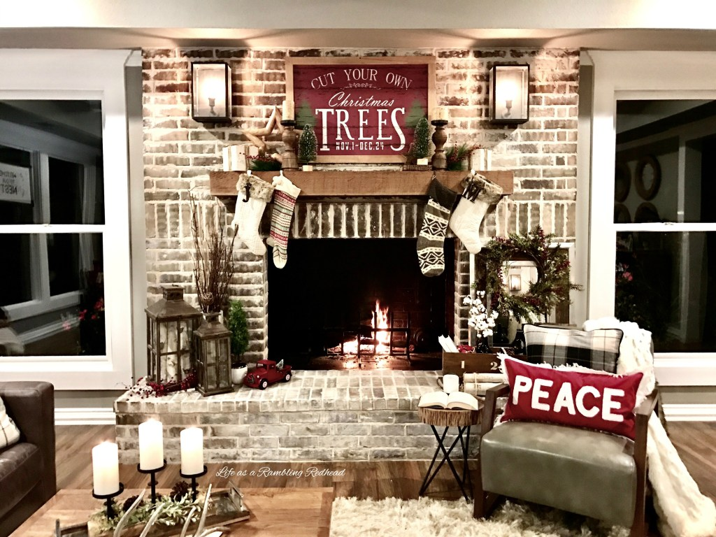 Farmhouse Rustic Fireplace Mantel Decor 30 Great Ideas For Fireplace Christmas Decorations