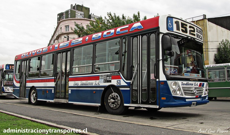 Bus Ugarte Europeo con chasis Mercedes Benz, La Boca