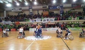 basquet-en-sillas-de-ruedas