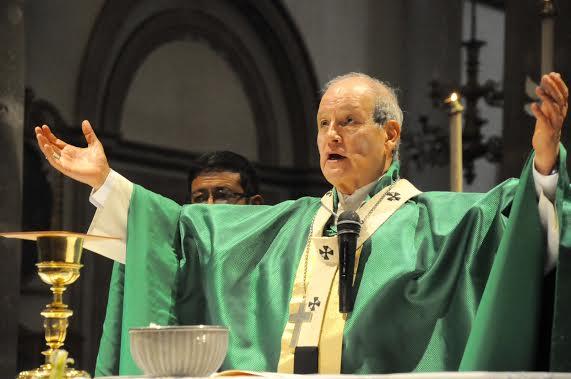 Cumple Arzobispo 75 años de edad, presentará renuncia (22:24 h)