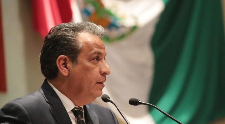 Propone Gerardo Henestroza actualizar las leyesestatales en materia de equidad de género (21:35 h)