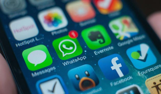 WhatsApp tiene listos sus nuevos emojis para Android (19:45 h)