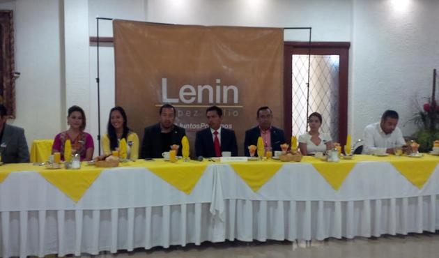 Se presenta Lenin López Nelio como precandidato del PRD a presidencia municipal de Oaxaca (10:00 h)