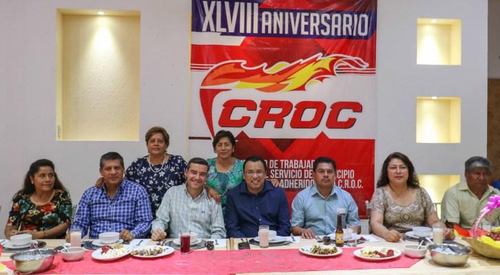 En aniversario 48, autoridades municipales y personal sindicalizado de la CROC fortalecen lazos (21:00 h)