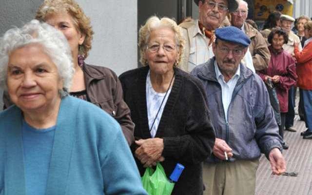 Infonavit devuelve a los jubilados 55 mdp diarios (21:45 h)
