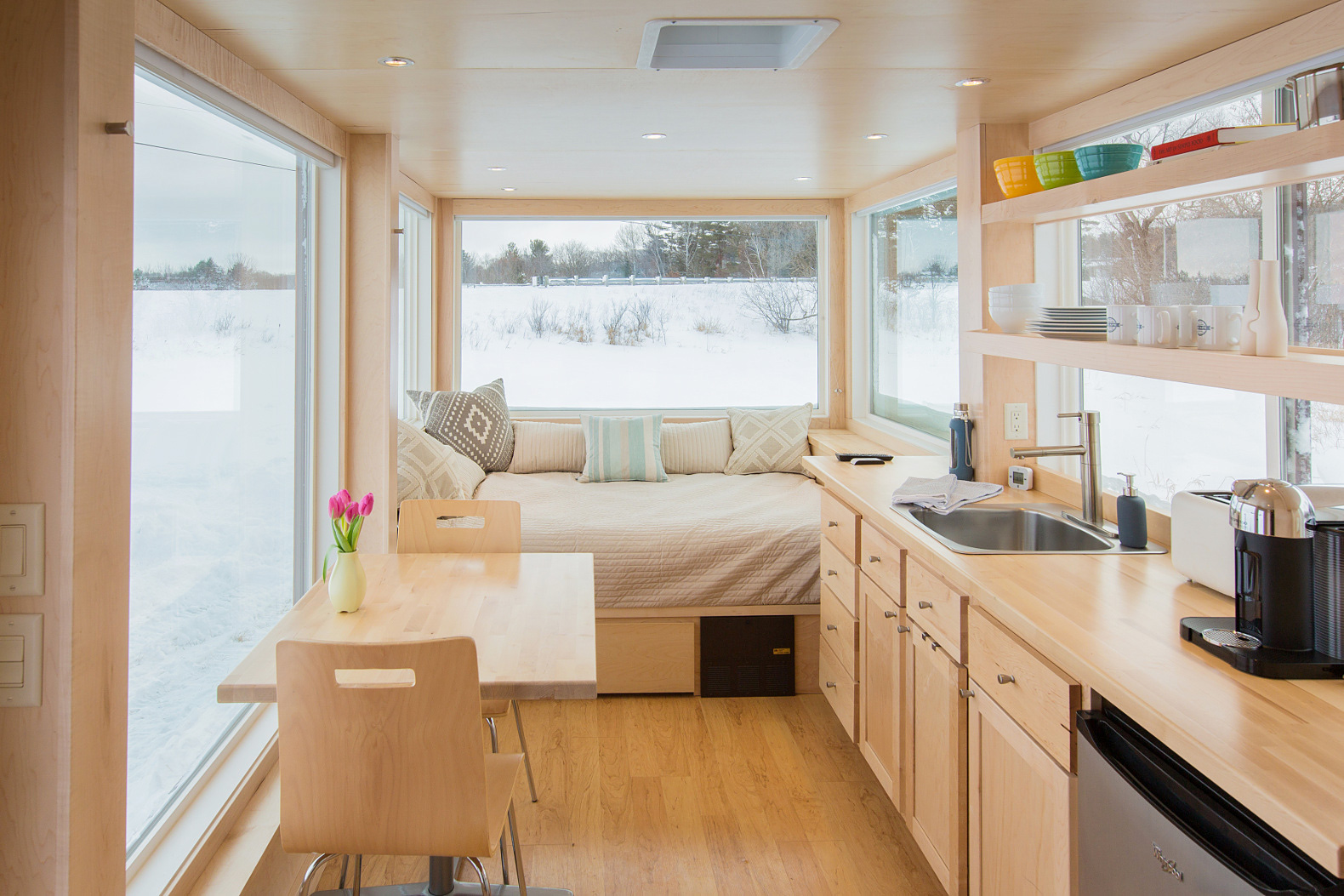 Tiny House Interieur A Tiny Trailer Home Like No Other Adorable Home