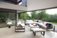 Contemporary patio furniture set