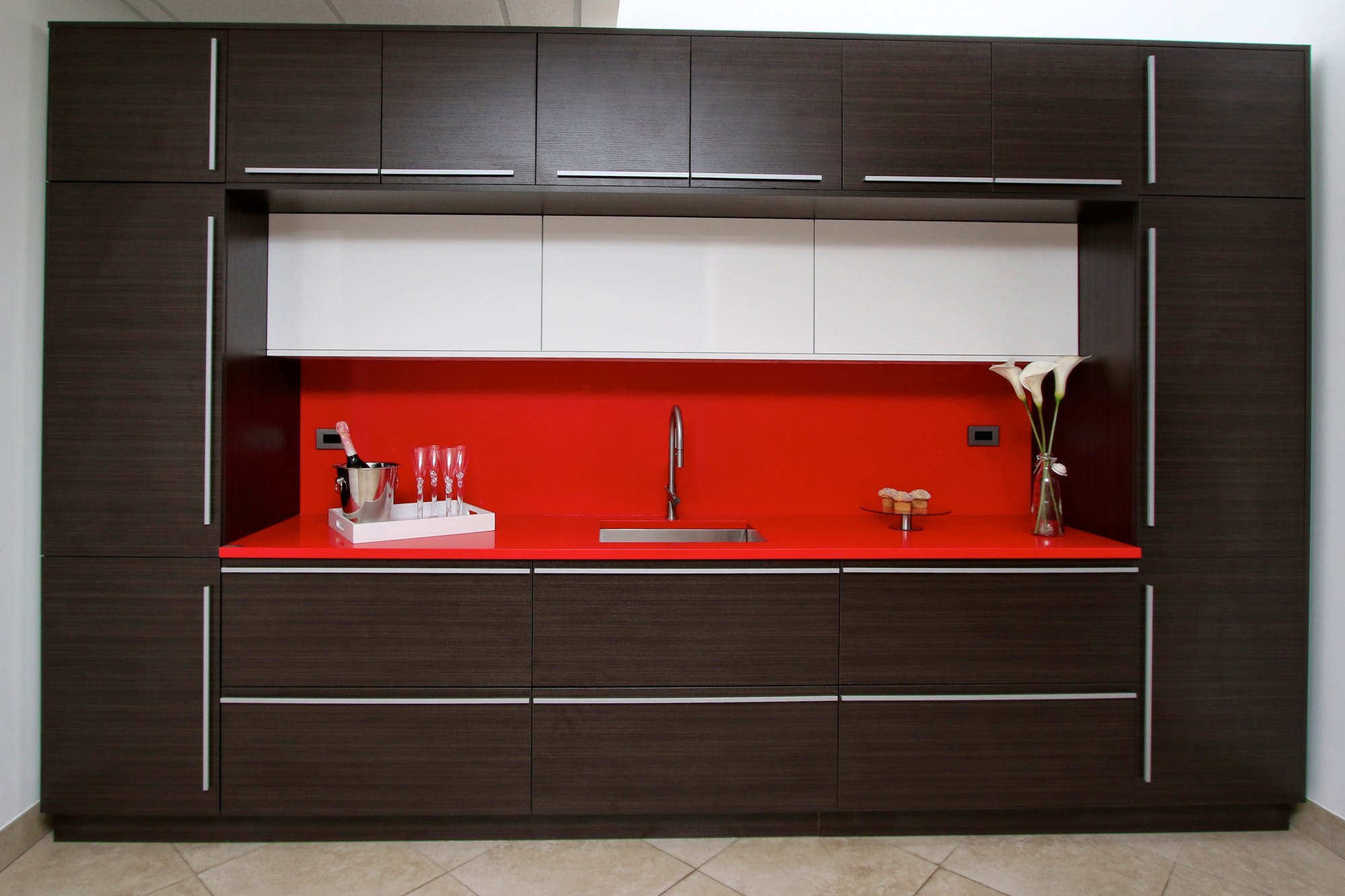 Maple Melamine Kitchen Cabinets Vs Wood Melamine Kitchen And Bath Cabinets Photo Slideshow Kitchen