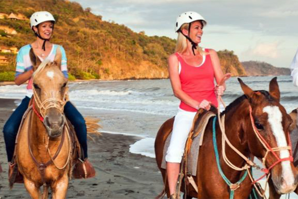 8-Day Luxury Costa Rica Girlfriend Getaway