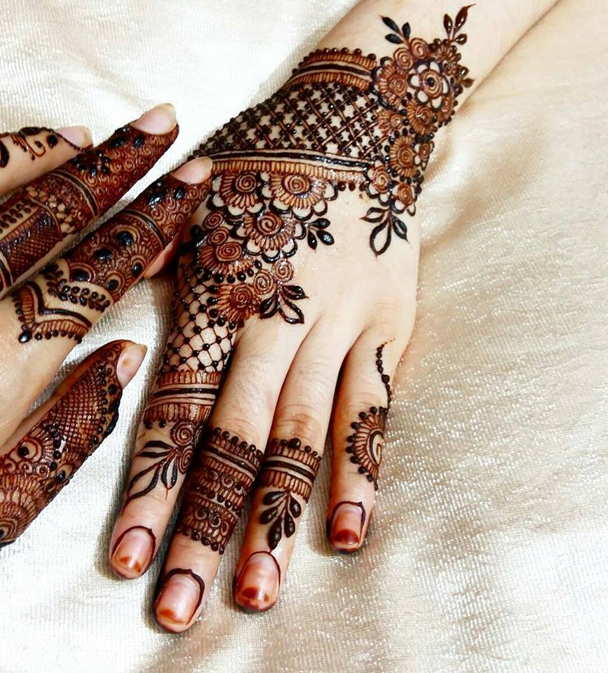 Perfect but if you are repeating the same mehndi design this year or the 2016 mehndi designs then it is the high time to change it and to make yourself the