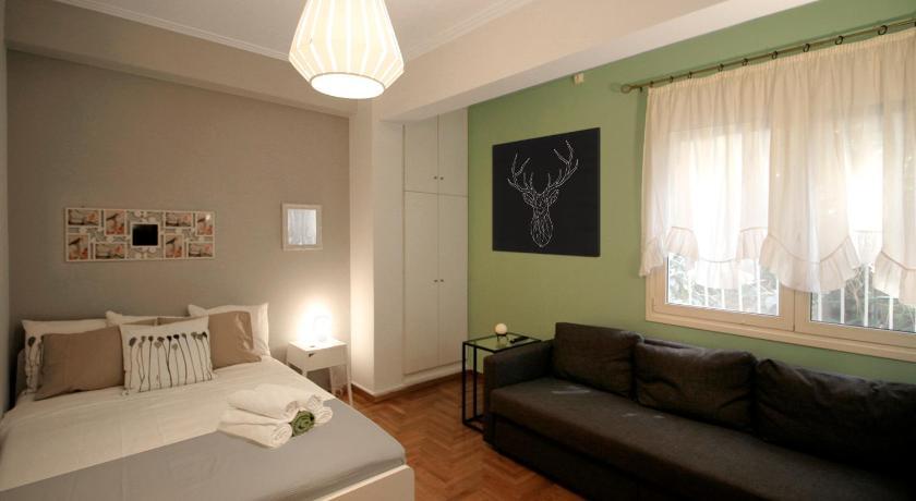 Luxury flat in Kolonaki, 3\u0027 Metro Prices, photos, reviews, address