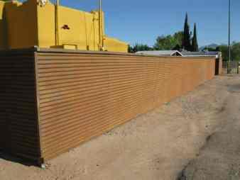 CF210 Horizontal Corrugated Fence