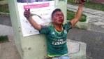 Pobladores amarran y dan golpiza a un asaltante en plaza pública del Edomex