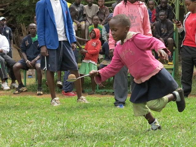 """ケニアのキベラスラムで日本式運動会""""UNDOKAI""""を実施~GSAのスポーツを通じた支援活動!~"""