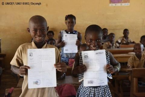 """ユニセフ、サハラ以南アフリカで法的に""""存在しない""""子どもが9,500万人もいると発表!"""