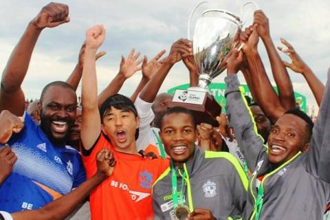 """アフリカ初の快挙!日系プロサッカーチーム""""ワンダラーズ""""、マラウイ国内リーグで優勝!"""