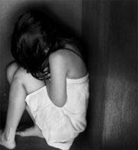 Un homme âgé de 27 ans a violé