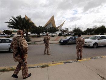 Des sources libyennes ont révélé au journal algérien Achourouk qu'une tentative d'enlèvement de l'ambassadeur algérien à Tripoli
