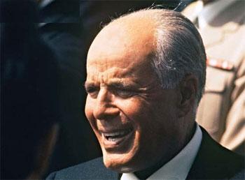 Des inconnus ont vandalisé le portrait du leader Habib Bourguiba