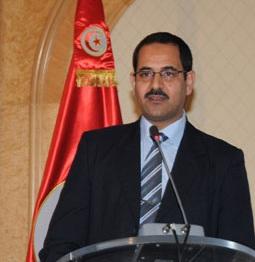 Questionné sur l'avis du gouvernement par rapport à la feuille de route économique du patronat tunisien (Utica) pour sortir de la crise économique
