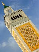 Une source sécuritaire a indiqué au journal « Assour » que quelques mosquées sous contrôle des salafistes extrémistes abritent des groupes