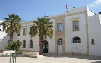 46 artistes tunisiens et espagnols vont exposer leurs œuvres réalisées dans le cadre du projet « peindre sur une toile déjà peinte »