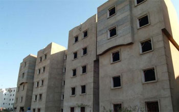 Le dossier des 30 mille logements sociaux refait avec force révélations. Des soupçons d'abus de pouvoir d'Ennahdha planent sur l'affaire évoquant des pratiques qui étaient celles de l'ère Ben Ali. L'ex- secrétaire d'Etat nahdhaouie auprès du ministre