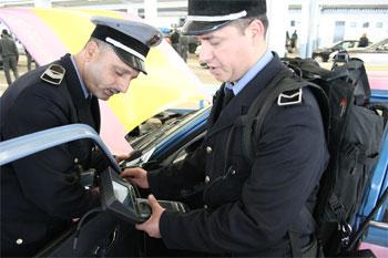 Le syndicat des sergents et sous-officiers de la douane tunisienne a observé lundi 7 avril 2014