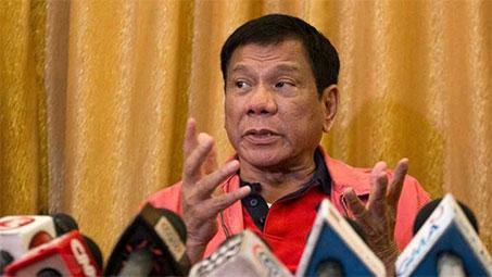 Le président philippin Rodrigo Duterte se compare à Hitler (vidéo)