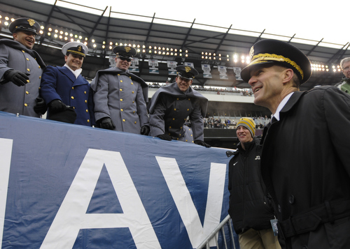 Brig. Gen. Richard Clarke, Commandant of the Corps of Cadets at the U.S. Military Academy, talks to students before the 114th Army-Navy football game at Lincoln Financial Field in Philadelphia, Pa., on Saturday, December 14, 2013. (Mike Morones/Staff)