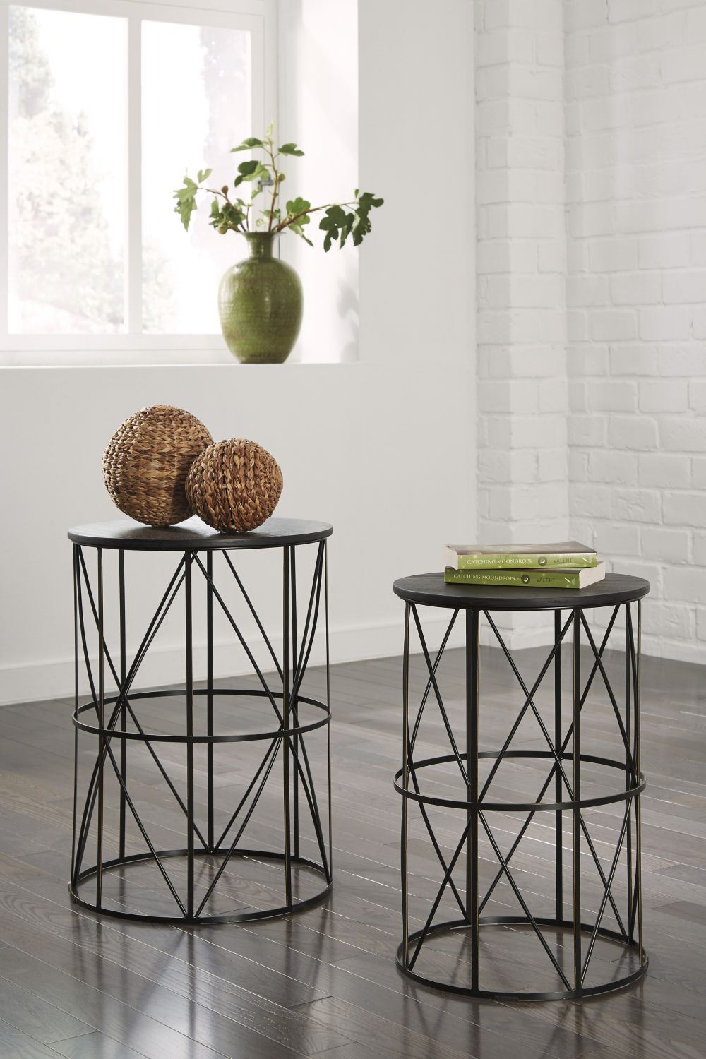 Marxim Nesting End Tables 2 Cn D T506 211 Ashley - Nesting End Tables