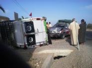 حادثة سير خطيرة كادت تودي بحياة ركاب سيارة النقل المزدوج بتارودانت