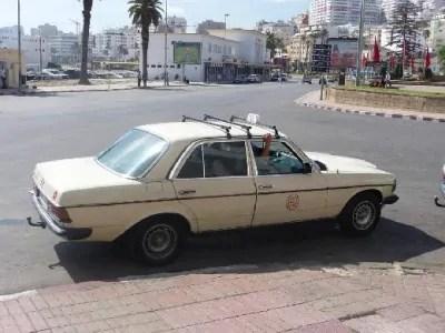 توقيف عصابة خطيرة يتزعمها سائق طاكسي بأكادير، وبحوزتها أسلحة بيضاء بمحطة للوقود.
