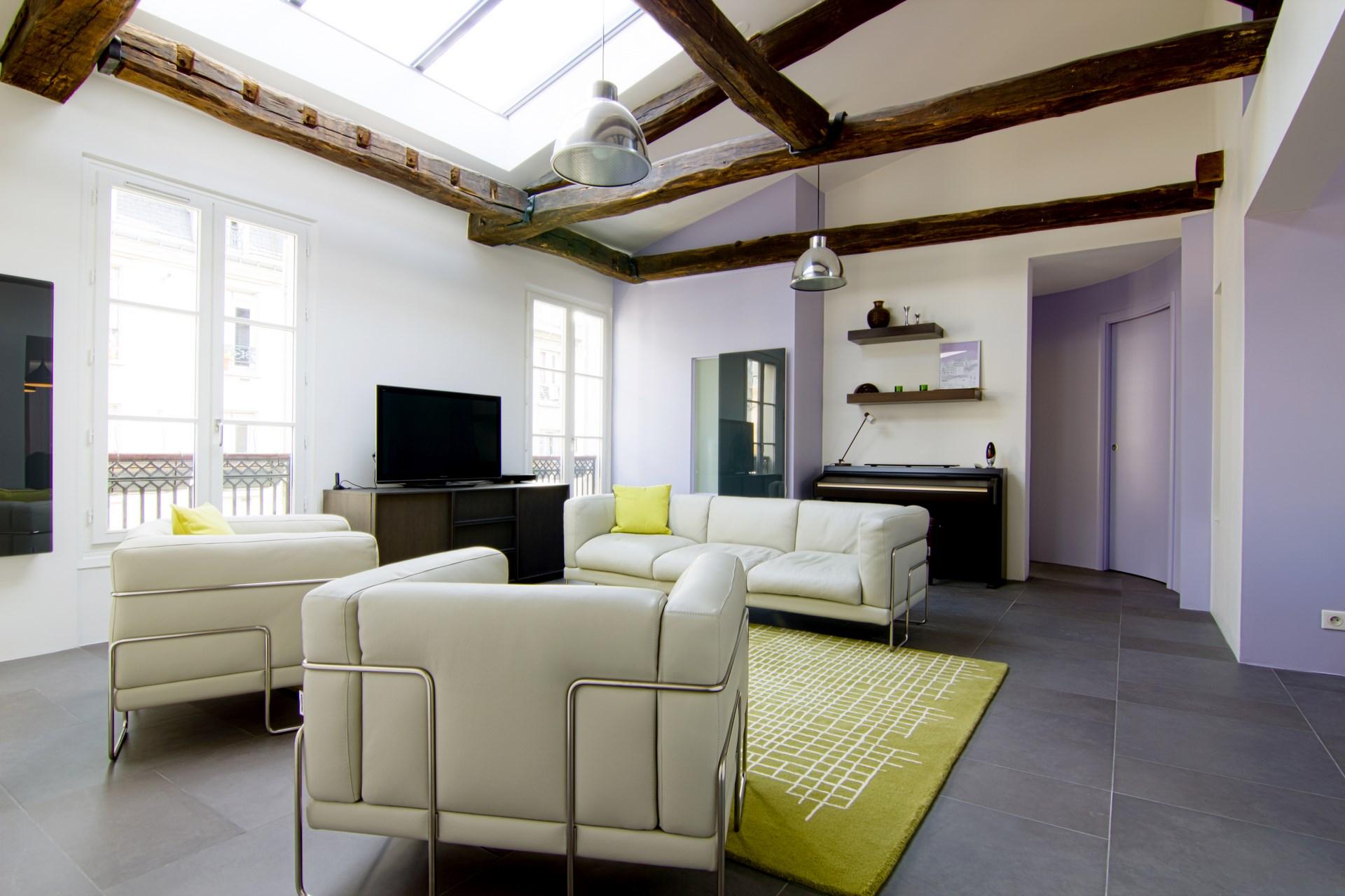 Idee Deco Appartement Sous Comble | Aménager Archives Une Hirondelle ...
