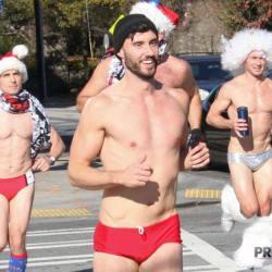 酷影像:聖誕主題路跑 慈善兼賣肉  網友狂推「好養眼呀!」