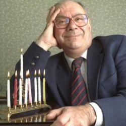 酷新聞:英國首位出櫃猶太教導師辭世 享壽86歲