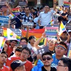 酷影音:婚姻平權《民法》初審通過 場外同志激動流淚