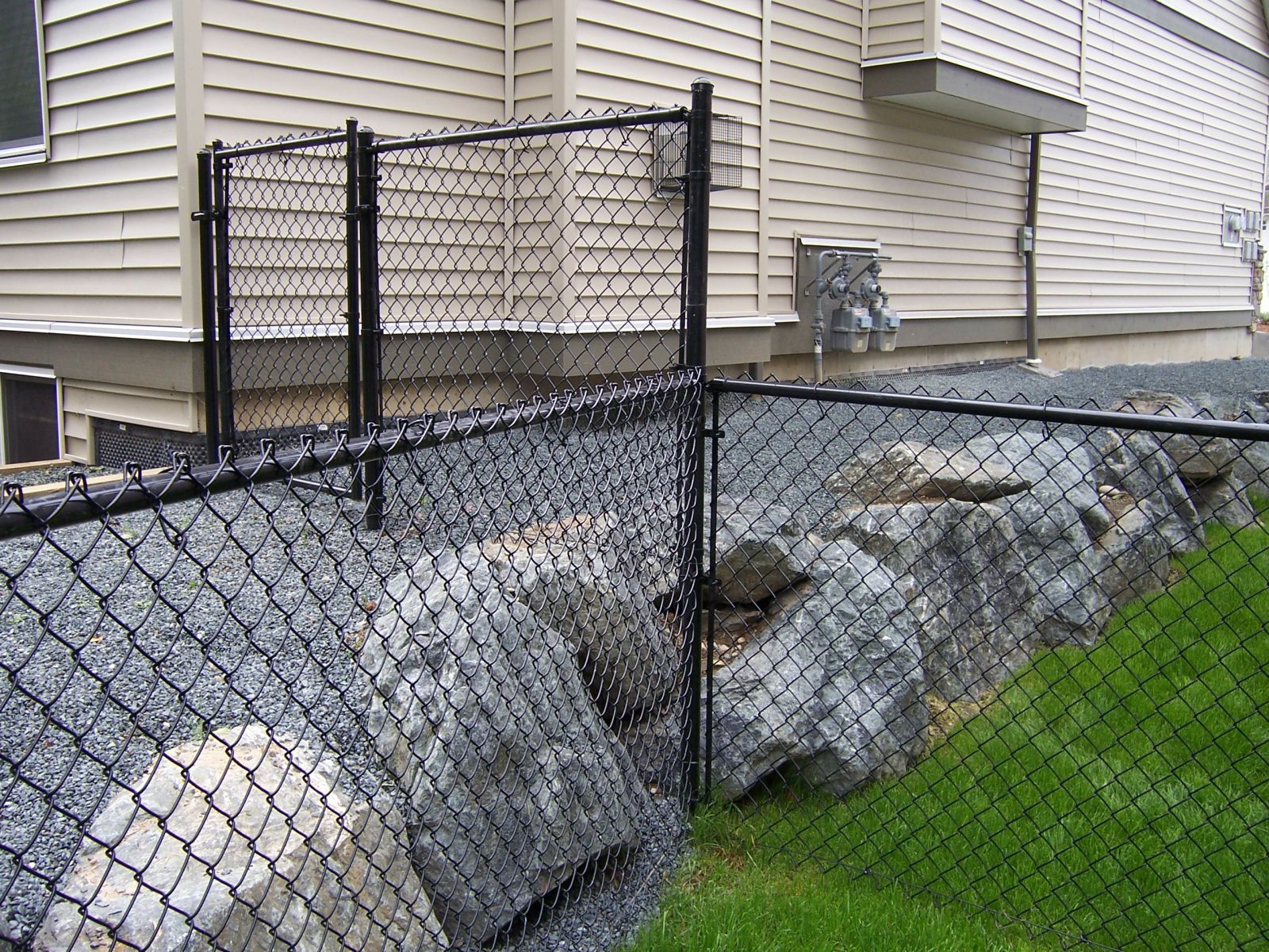 Dog Run Ideas Fun And Stylish Ideas For Your Dog Run