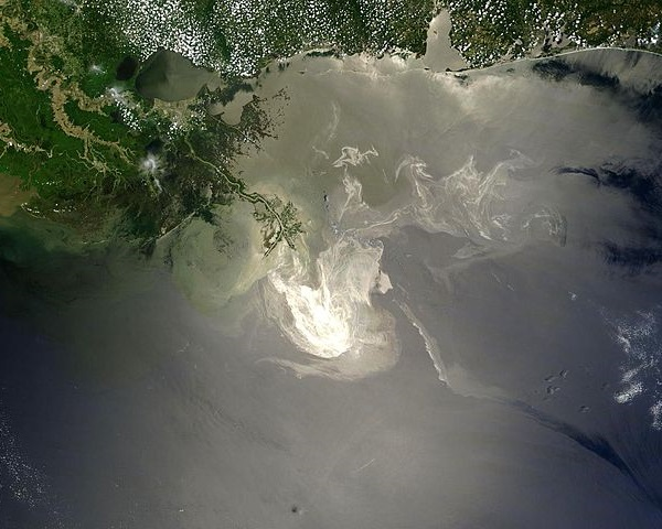 NASA satellite image of Mississippi Delta on May 24, 2010 - BP oil spill disaster