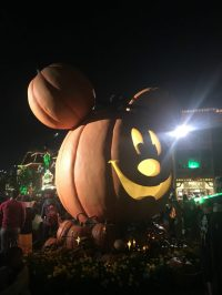 Mickey's Halloween Party Disneyland Guide 2018 - A Global ...