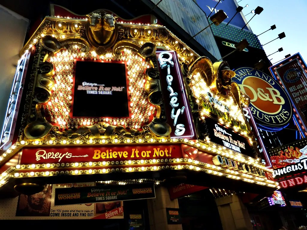 The things to do in new york city in 2 days a greek for Times square new york things to do