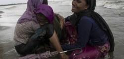 _97792268_rohingya_boat2