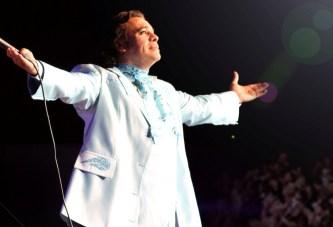 Muere el compositor Juan Gabriel, ídolo de la música popular mexicana