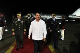 Danilo Medina regresó de Colombia
