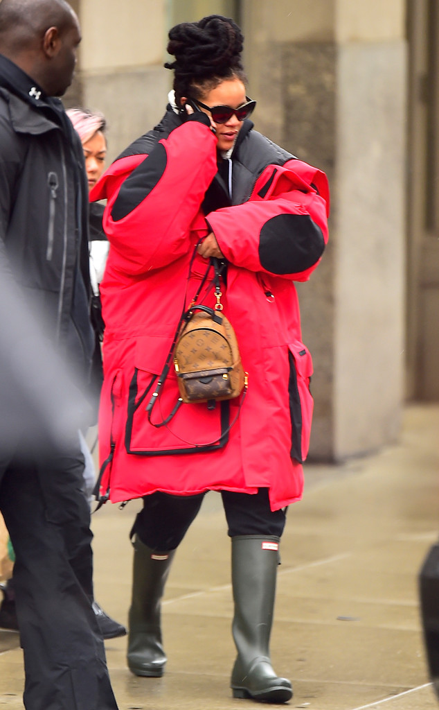 rs_634x1024-170124124141-634.Rihanna-NYC-JR-012417