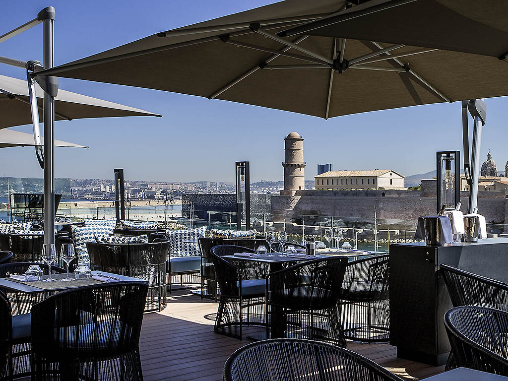 Restaurant Terrasse Du Port Marseille Le Carre Marseille Restaurants By Accorhotels