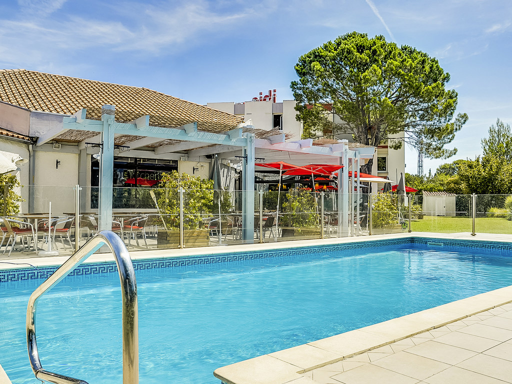 Salon Provencal Ibis Kitchen Salon De Provence Restaurants By Accorhotels