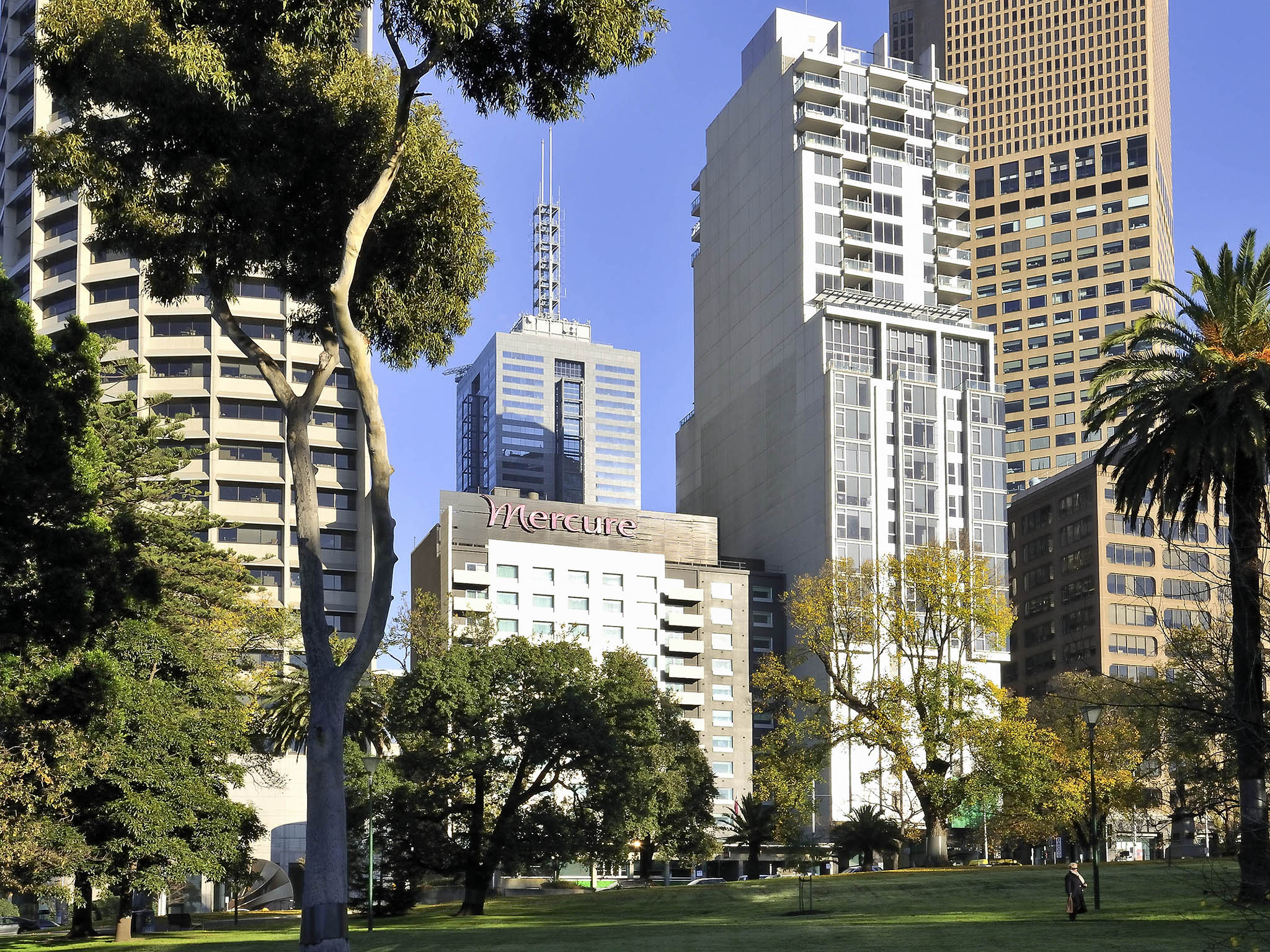 Best And Less Stores Melbourne Mercure Melbourne Treasury Gardens Accorhotels