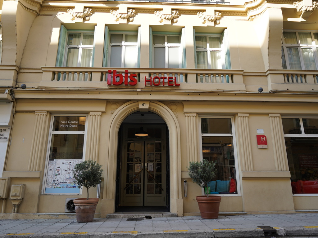 Hotel Meublé Nice Au Mois Hotel In Nice Ibis Nice Centre Notre Dame